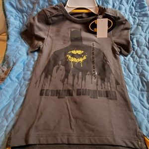 BOYS SZ 5 BATMAN T SHIRT, HAPPY THREADS
